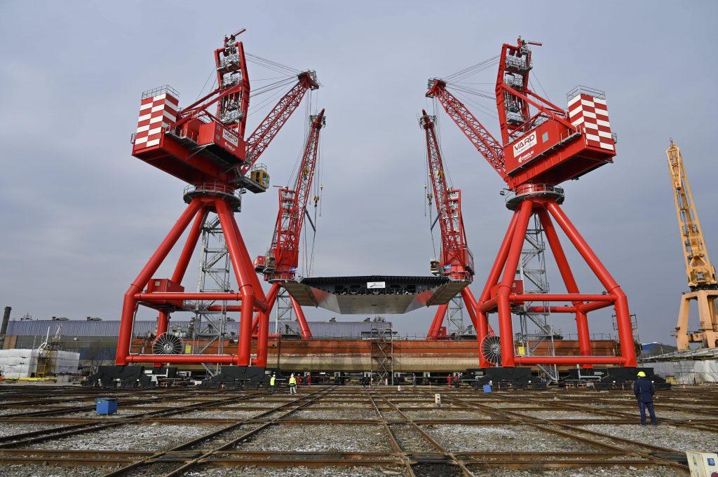 Cimolai Technology_VARD_rail_boom_crane_RBC_3-min-min